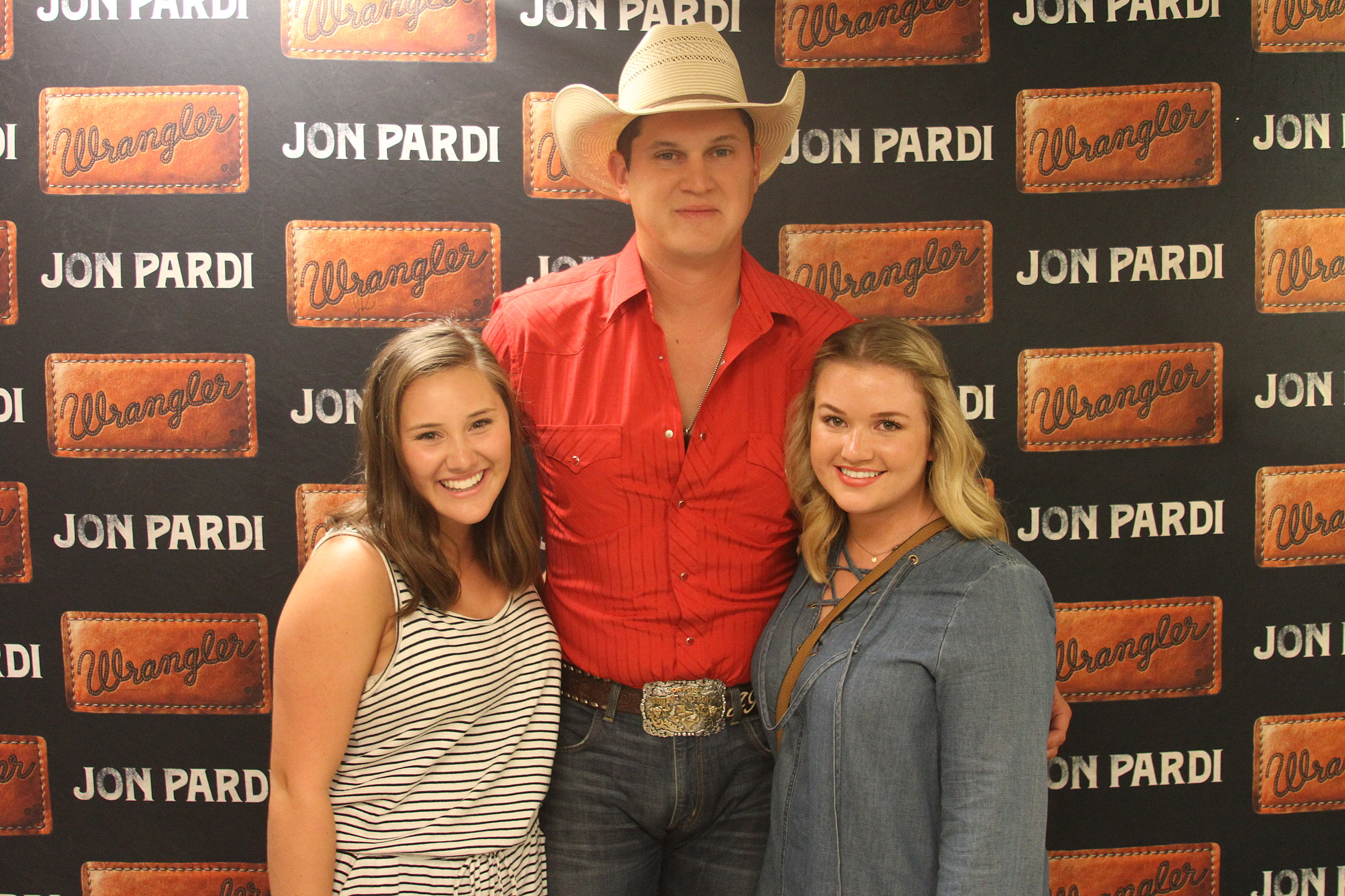 Jon Pardi Meet Greet Photos