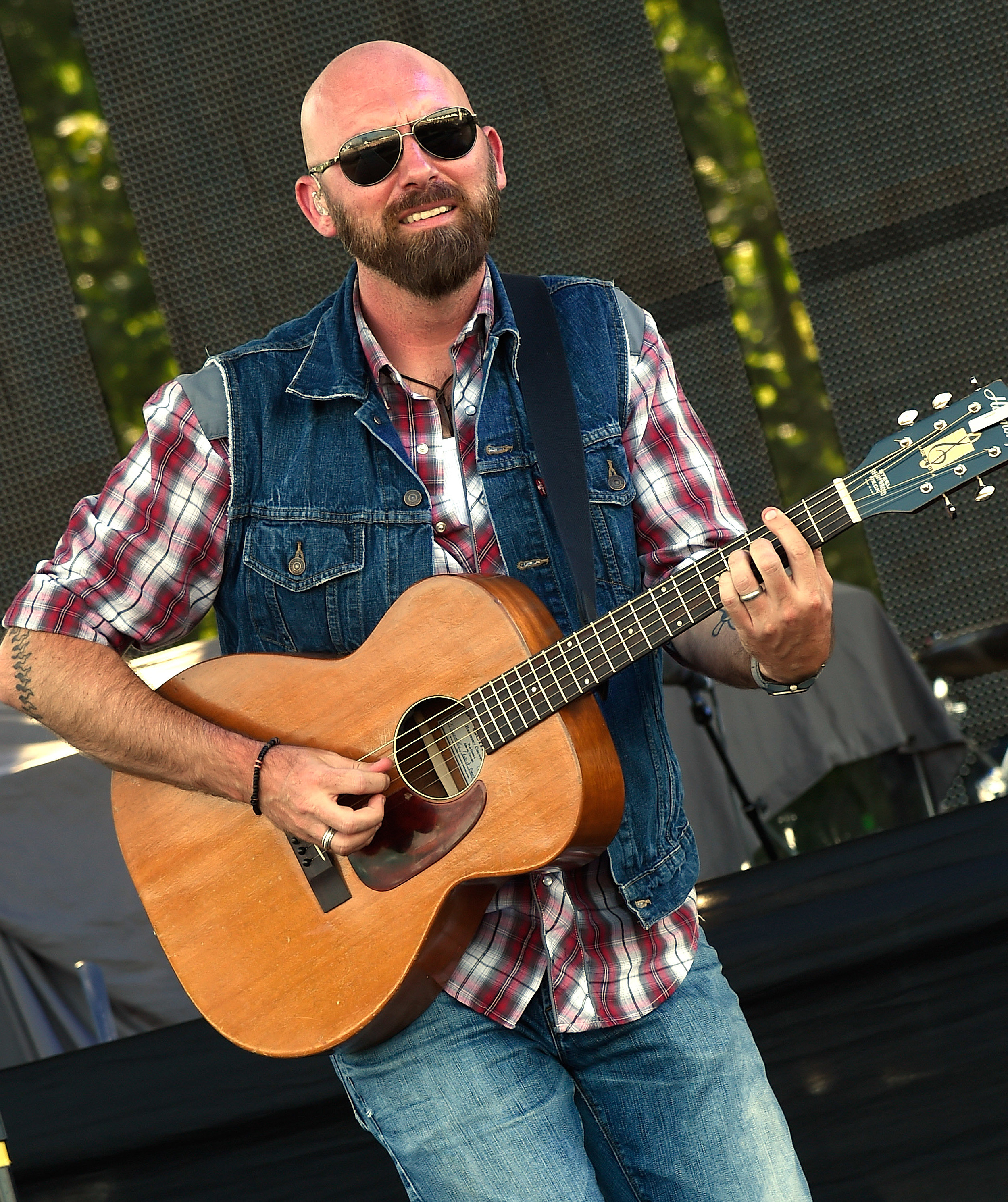How To Win Eric Church Pit And Meet And Greet Passes