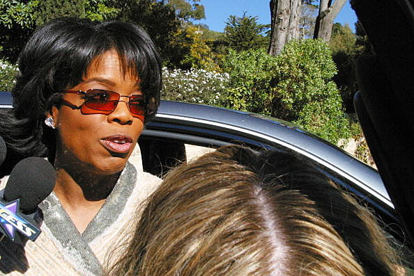 Oprah Winfrey Host Sunday Brunch